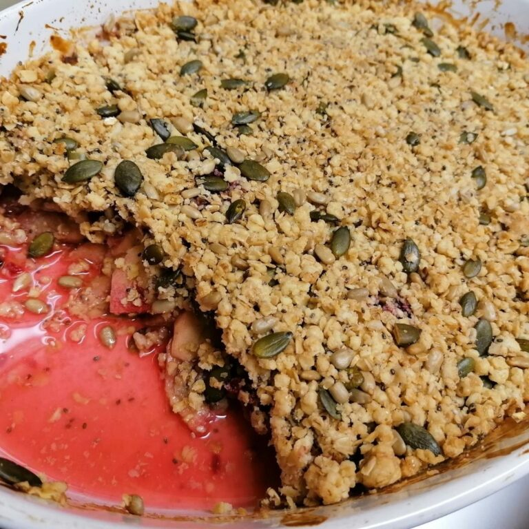 Apple And Raspberry Crumble Recipe – Healthy Version Of Classic English Pudding