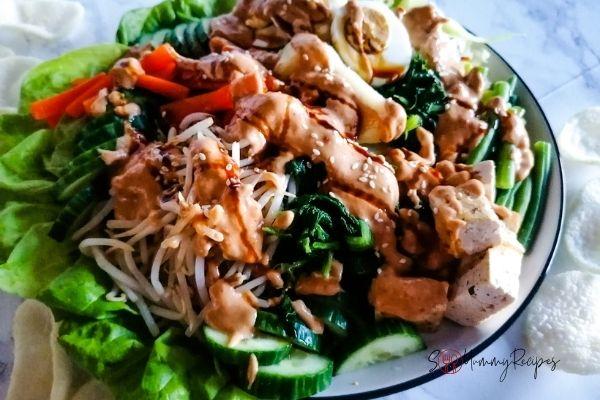 a plate of gado-gado Jakarta