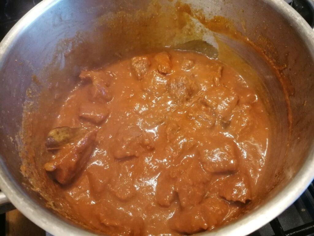 beef rendang with gravy
