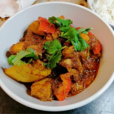 Chicken and pepper curry