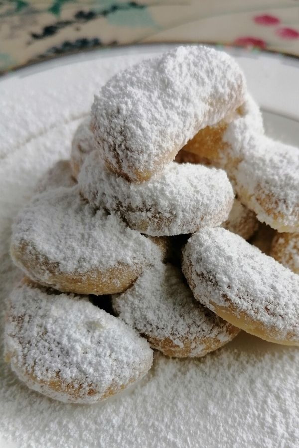 Eid's food dessert- Indonesian kue putri salju