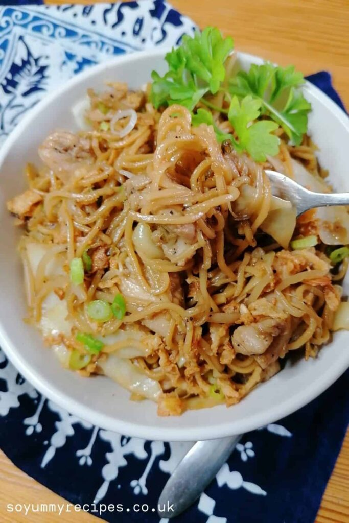 Indonesian stir-fried noodles