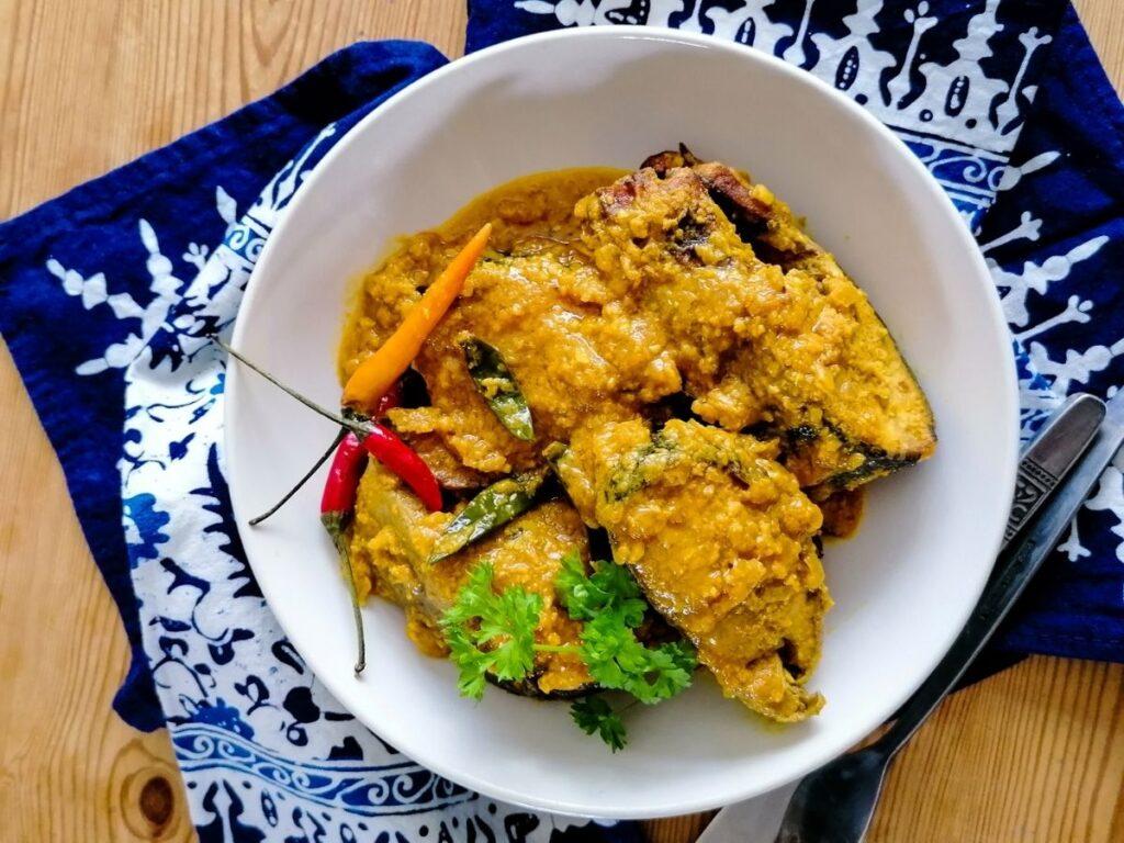Sundanese fish dish - Ikan Pesmol
