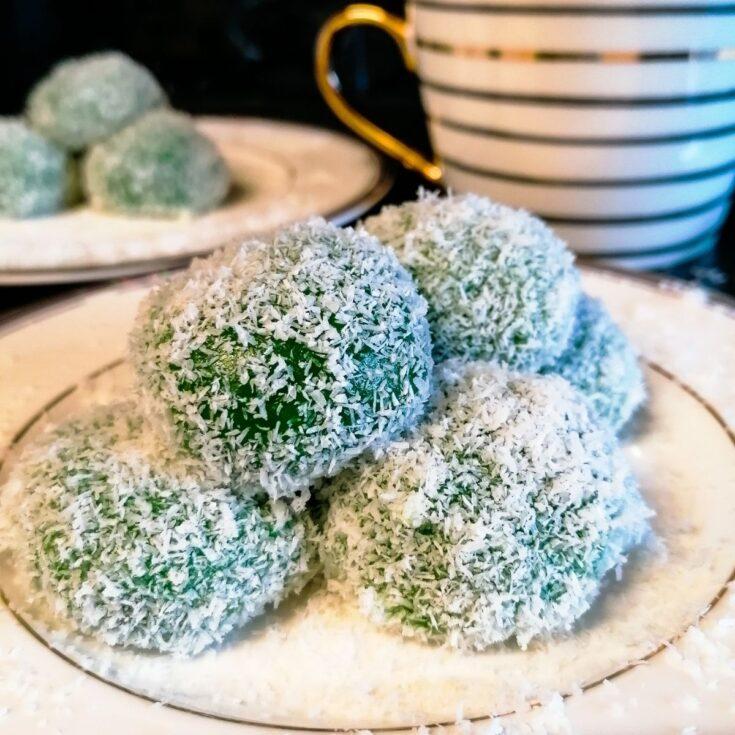 Klepon - Indonesian glutinous rice balls