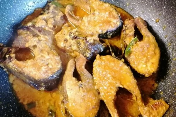 Ready cooked Pesmol Ikan