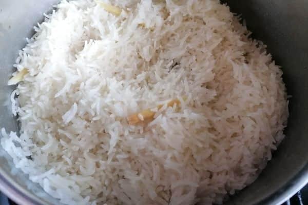 ready cooked nasi uduk