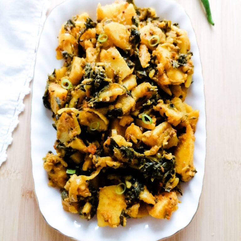 Aloo Methi: Fenugreek leaves and potato curry Pakistani recipe