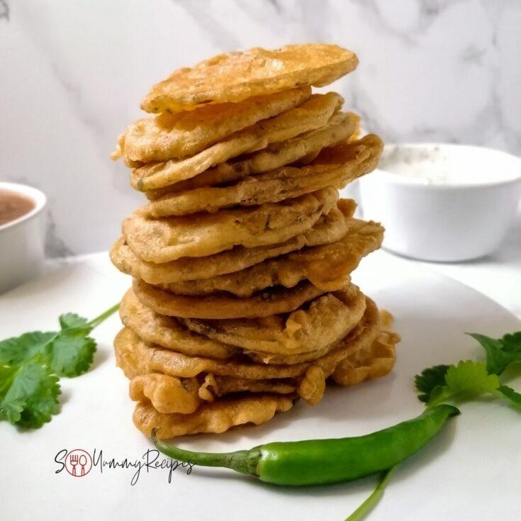 a pile of potato pakora