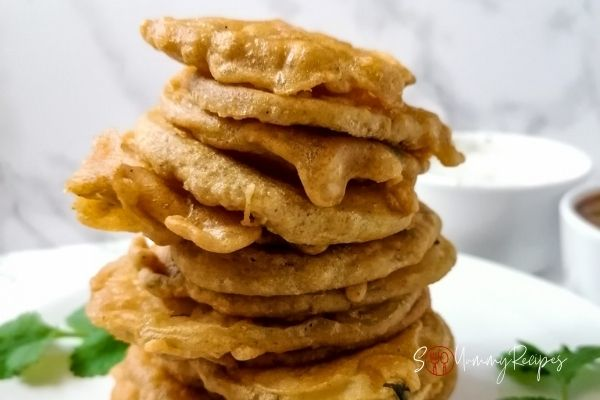 a stack or ready fried potato pakora